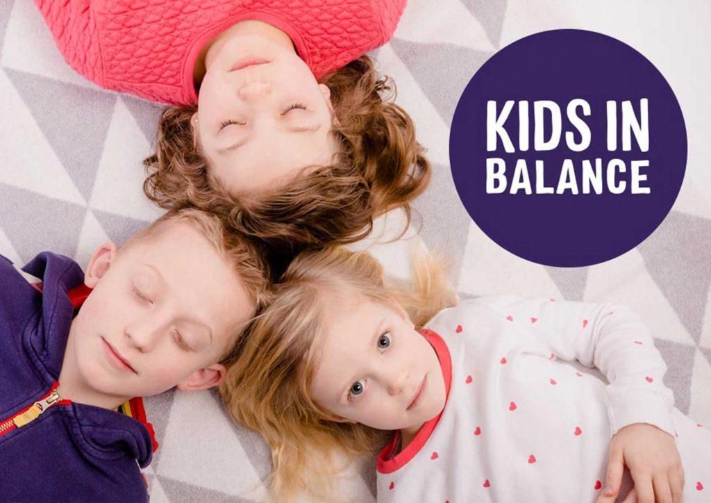"""Moodfoto mit Kindern für die weitere Bewerbung der Produktserie """"Kids in Balance"""""""