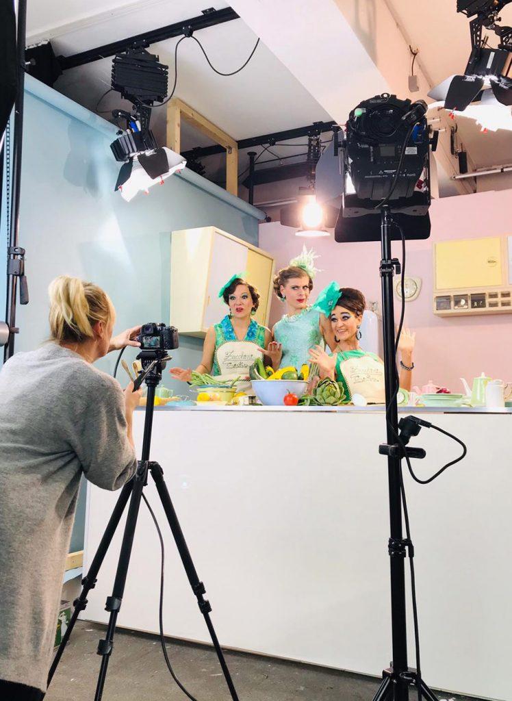 Behind the scenes beim Fotoshooting der Zucchini Sister